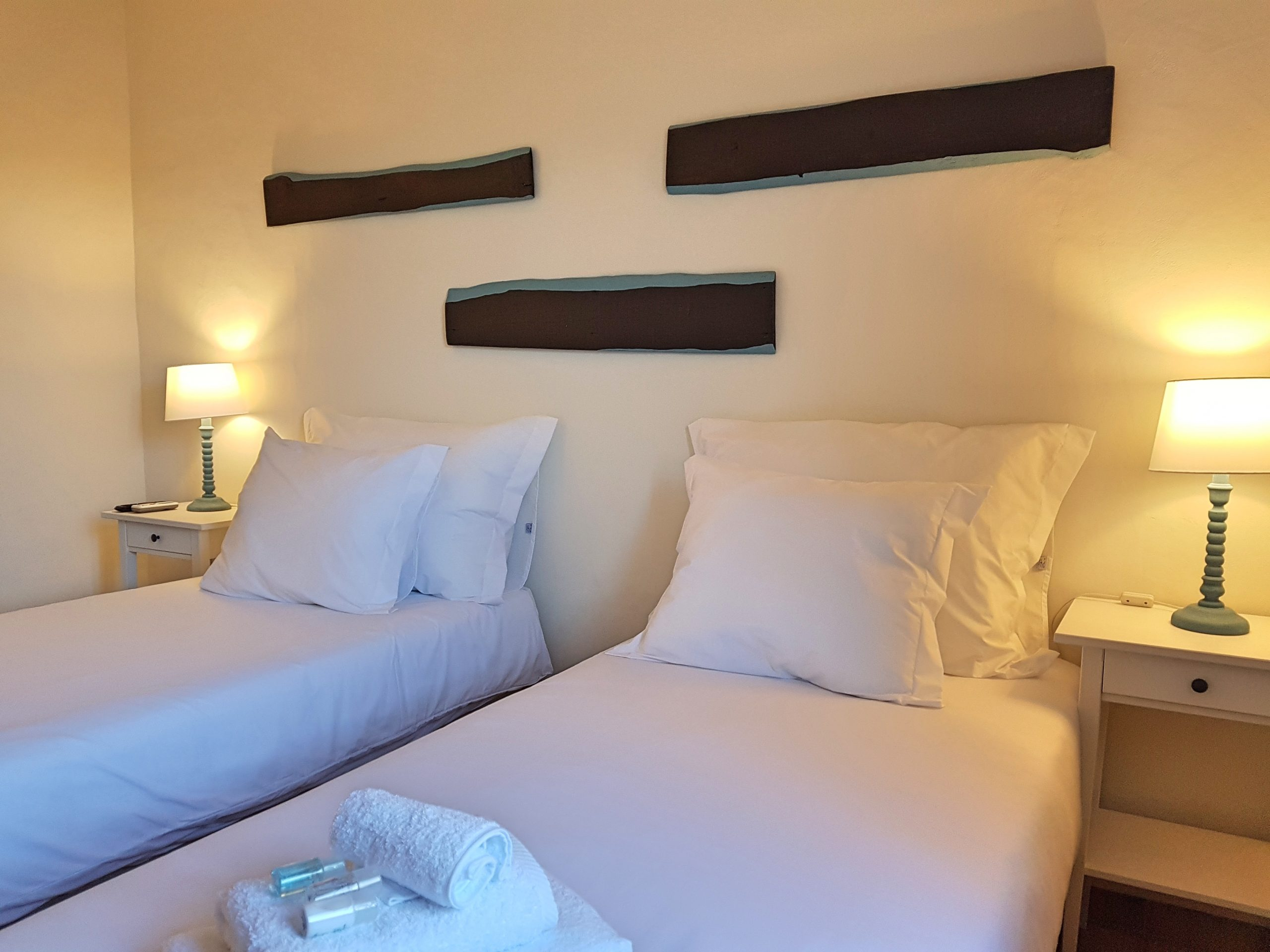 If you have a preference for one specific room, we will try our best to accomodate your wish. This will be more difficult to do in high season. An extra bed is possible in the deluxe rooms, suites and apartments for € 17,50 per person per night.
